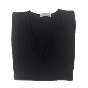 "Black sleeveless V neck   34"""